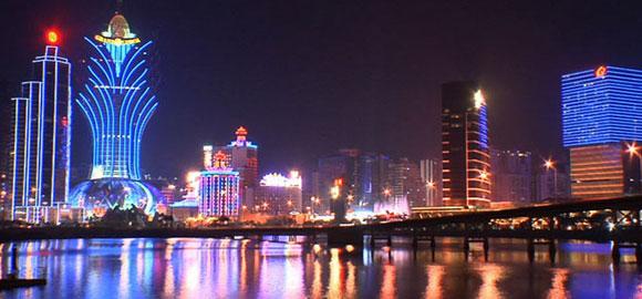 Macau-Revenue-Plummets